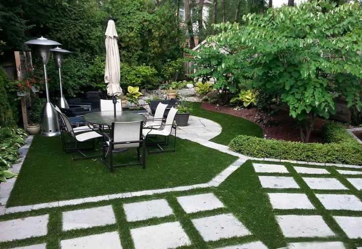 Tips for Artificial Grass Care and Maintenance