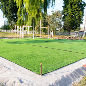 Why Artificial Turf Makes Commercial Lawn Maintenance Easy